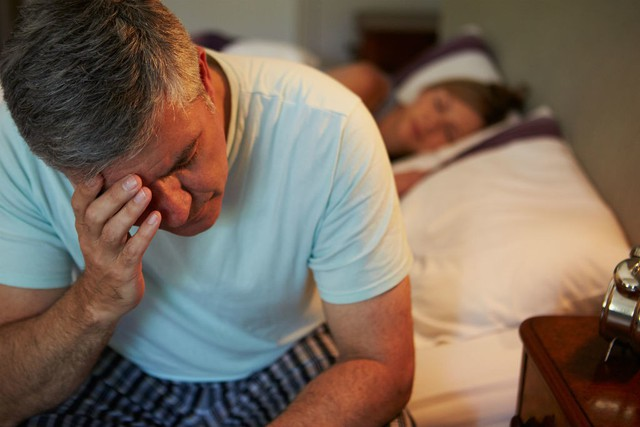 Nhận biết trầm cảm ở người cao tuổi không phải lúc nào cũng dễ dàng. Trầm cảm thường khiến người cao tuổi mất cảm giác ngon miệng, khiến họ chán ăn và dẫn đến sụt cân. Ảnh minh họa