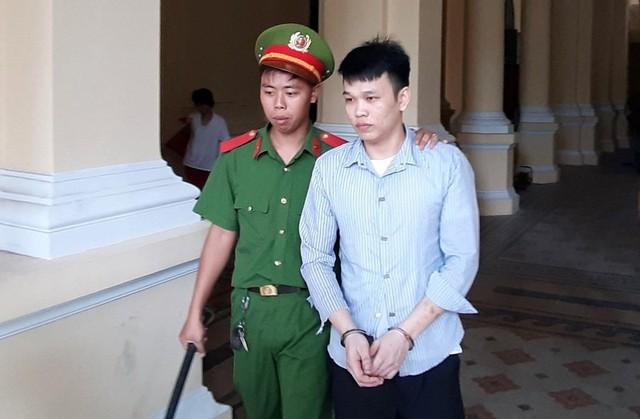 Bị cáo Nguyễn Văn Hoài Linh.