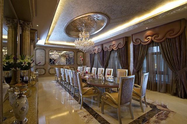 Những căn phòng ăn theo phong cách nội thất cổ điển luôn ghi điểm nhờ vẻ đẹp sang trọng, đẳng cấp.