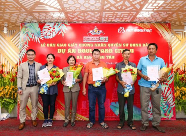 Gần 400 khách hàng đã được Việt Hưng Phát bàn giao sổ hồng tại Boulevard City 2 Bà Rịa - Vũng Tàu
