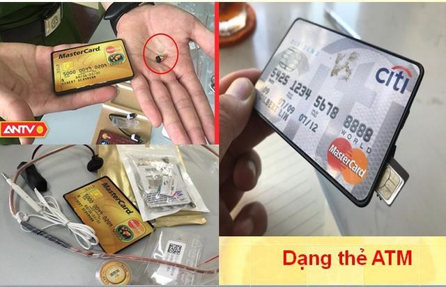 Thiết bị thu phát không dây dưới dạng thẻ ATM.