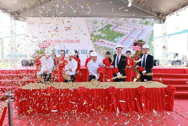 Nghi thức động thổ xây dựng dãy nhà phố dành riêng cho các chuyên gia dự án Tân phước Khánh Village
