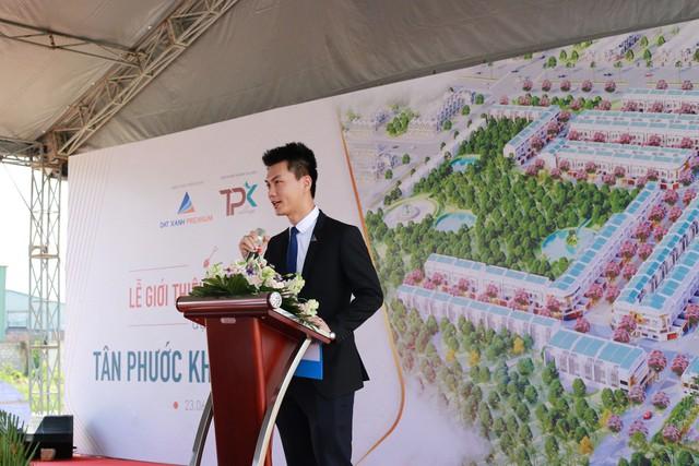 Ông Nguyễn Quốc Quý – Tổng giám đốc Công ty Cổ phần Đất Xanh Premium phát biểu tại buổi lễ