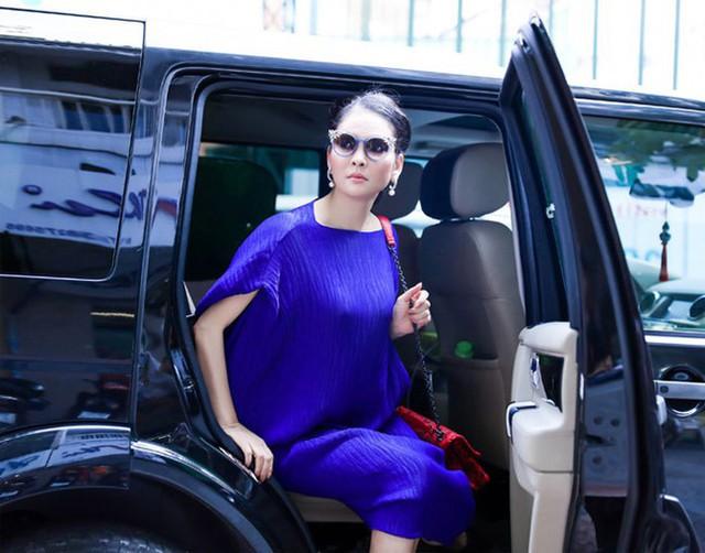Người đẹp Thủy Hương chọn cách rời xa showbiz để giữ sự bình yên cho bản thân và gia đình
