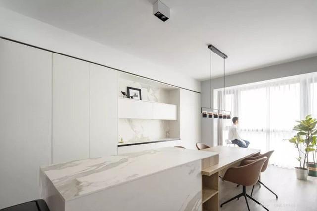 Không cần nhiều đồ trang trí nhưng căn hộ 128m² vẫn gây bất ngờ vì quá đẹp - Ảnh 6.