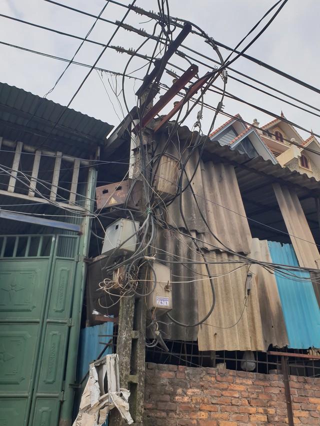 Điện lực Bắc Ninh lên tiếng vụ gần 3.000 hộ dân phải sử dụng điện qua cai thầu - Ảnh 4.