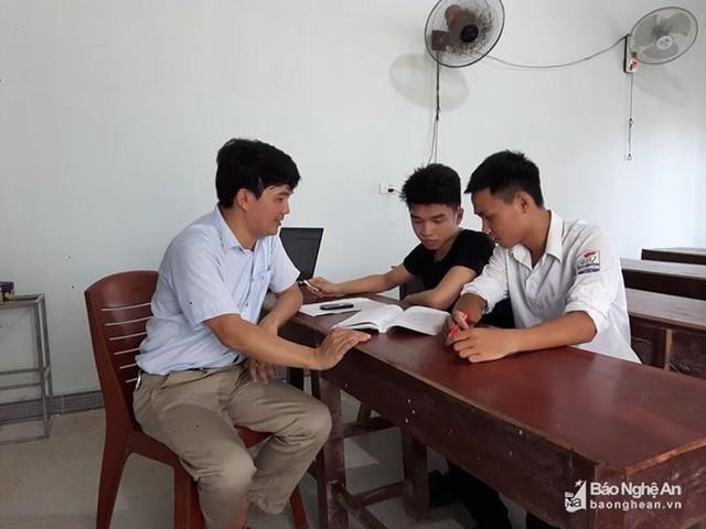 Nam sinh Nghệ An đạt 27,35 điểm có nguy cơ lỡ hẹn với giảng đường  - Ảnh 1.