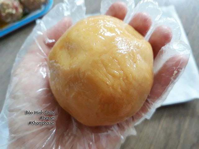 Cách làm bánh nướng truyền thống tuyệt ngon lại đơn giản cho Tết Trung thu - Ảnh 7.