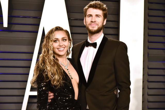 Truyền thông Mỹ vào cuộc vụ Miley Cyrus và Liam Hemsworth ly hôn, hé lộ nguyên nhân đường ai nấy đi - Ảnh 1.