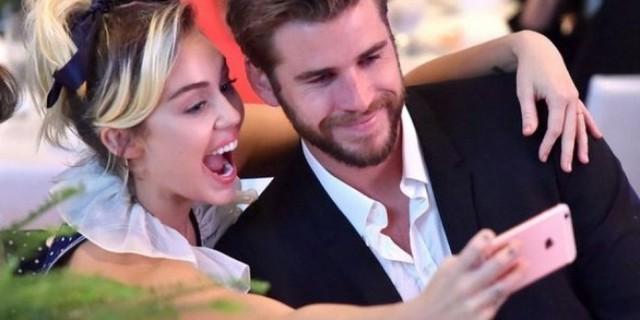 Truyền thông Mỹ vào cuộc vụ Miley Cyrus và Liam Hemsworth ly hôn, hé lộ nguyên nhân đường ai nấy đi - Ảnh 2.
