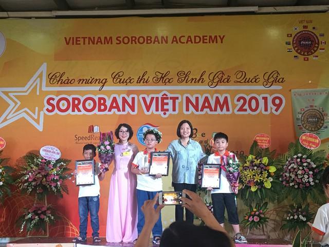 Cậu bé 9 tuổi trở thành quán quân Học sinh giỏi Toán tư duy Soroban Quốc gia lần 8 - Ảnh 1.