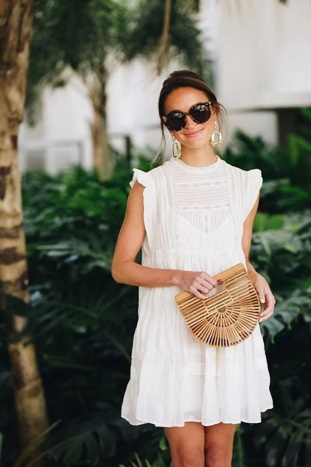 Sắm váy mùa sale: Chớ dại mà chọn 4 kiểu sau vì không tôn dáng lại nhanh lỗi mốt - Ảnh 6.