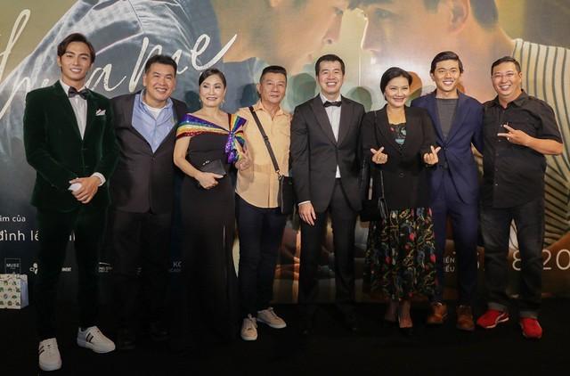 Trai đẹp của Chi Pu, Hương Tràm tiết lộ về cảnh nóng đồng tính - Ảnh 1.