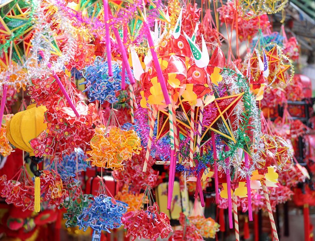 Đồ chơi made in Việt Nam bất ngờ lấn át Trung Quốc tại Hàng Mã trước mùa Trung thu - Ảnh 9.