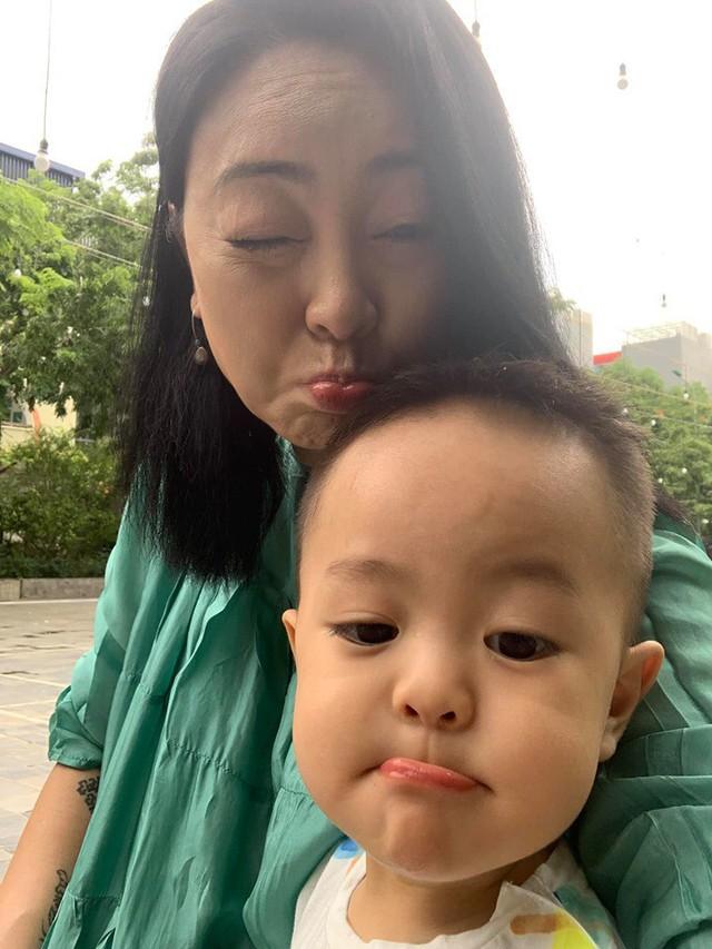 Ca nương Kiều Anh tâm sự bất ngờ về chuyện mẹ chồng - cô Văn Thùy Dương - đang mang thai đôi ở tuổi 47 - Ảnh 3.
