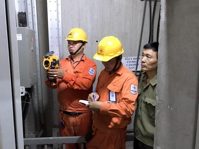 EVN HANOI đẩy mạnh tuyên truyền an toàn điện mùa mưa bão - Ảnh 2.