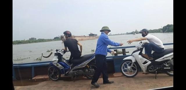Hải Phòng: Thu tiền không xuất vé, giám đốc bến phà Quang Thanh bị cách chức  - Ảnh 1.