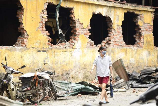 Thu hồi khẩn văn bản cảnh báo ô nhiễm của UBND phường Hạ Đình do không đủ cơ sở, sau cháy Công ty Rạng Đông - Ảnh 2.
