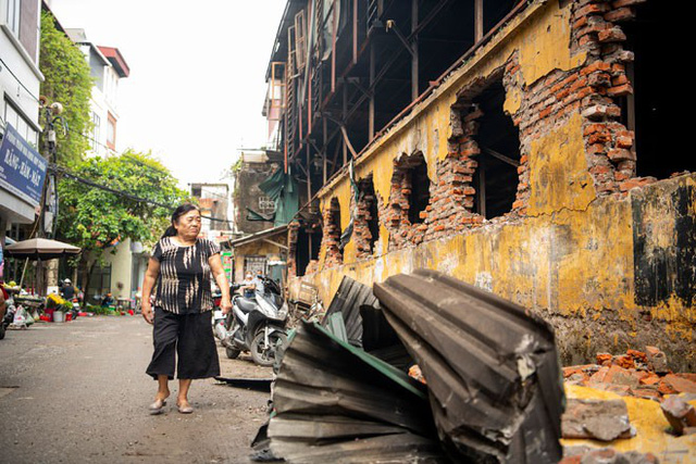 Những câu hỏi về sự bất nhất trong cảnh báo rủi ro từ vụ cháy kho Rạng Đông - Ảnh 3.