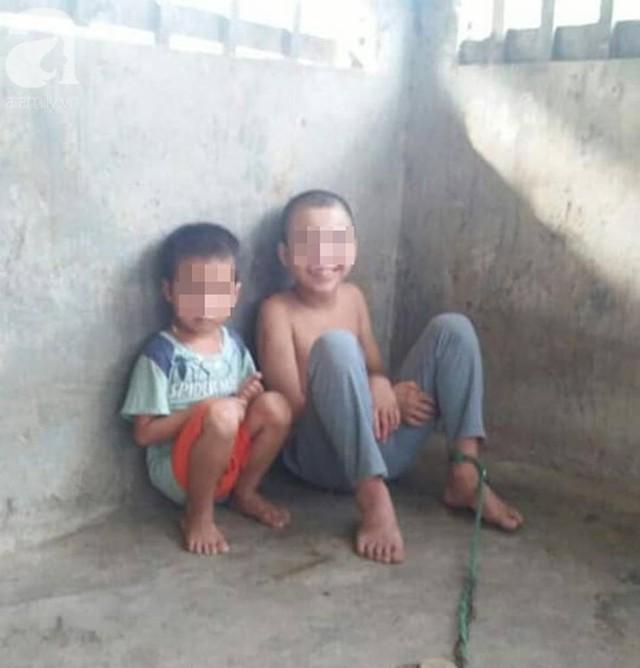 Đằng sau bức ảnh bé trai 13 tuổi trần truồng, bị ông nội cột dây, nhốt trong chuồng là một câu chuyện đầy thương cảm - Ảnh 2.