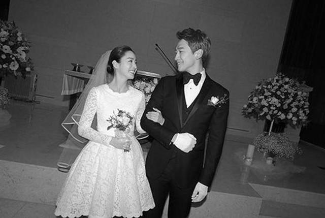 Ảnh cưới màu chưa từng tiết lộ của Bi Rain - Kim Tae Hee - Ảnh 2.