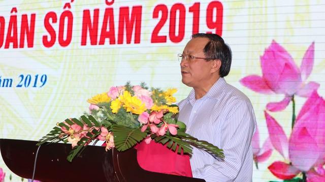 Tỷ số giới tính khi sinh ở Việt Nam năm 2019 ước tính là 114,1 bé trai/100 bé gái - Ảnh 1.