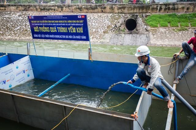 Lắp đặt khu vực trình diễn xử lý nước ô nhiễm, chuyên gia Nhật sẽ tắm sông Tô Lịch - Ảnh 4.