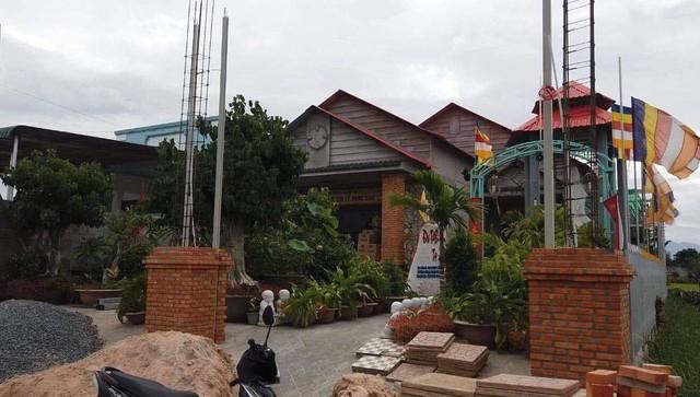 Thầy tu ở Bình Thuận khai đánh bé trai 11 tuổi, phủ nhận xâm hại tình dục - Ảnh 2.
