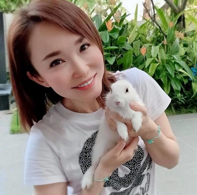 Nhan sắc mặn mà của Tiểu Long Nữ Phạm Văn Phương ở tuổi U50 - Ảnh 13.