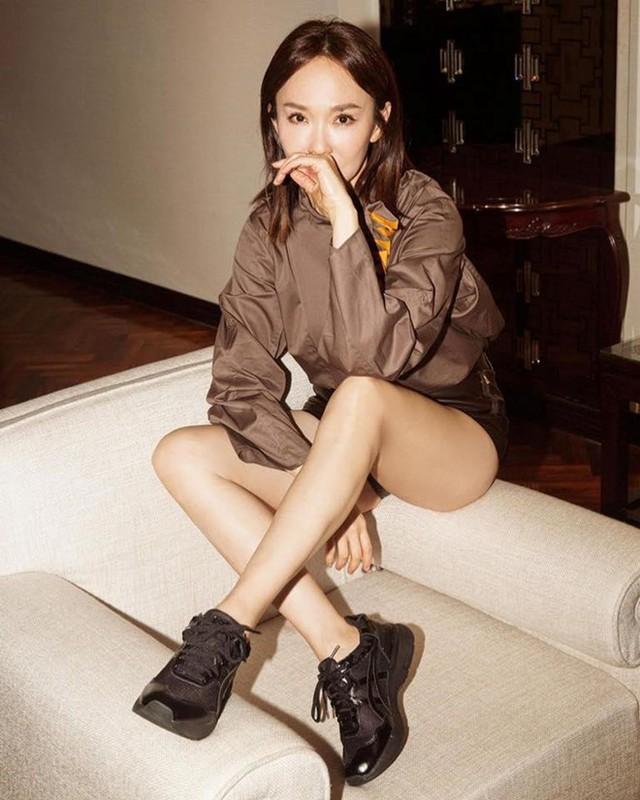 Nhan sắc mặn mà của Tiểu Long Nữ Phạm Văn Phương ở tuổi U50 - Ảnh 3.