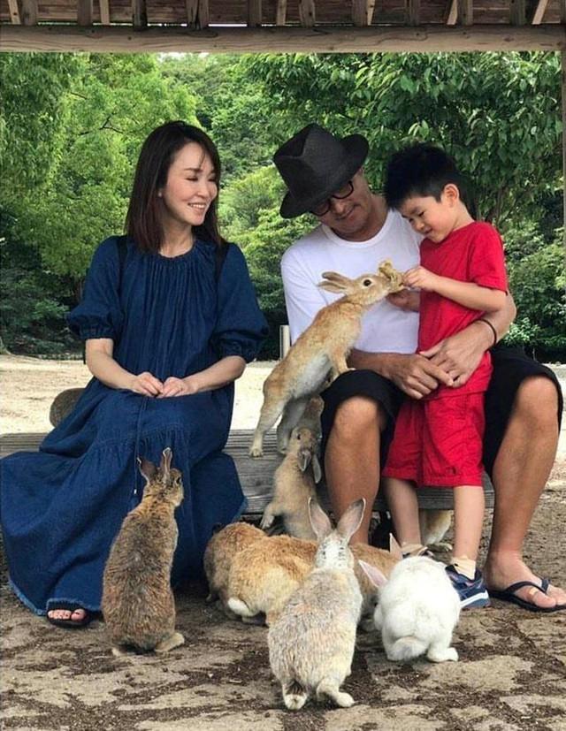 Nhan sắc mặn mà của Tiểu Long Nữ Phạm Văn Phương ở tuổi U50 - Ảnh 8.