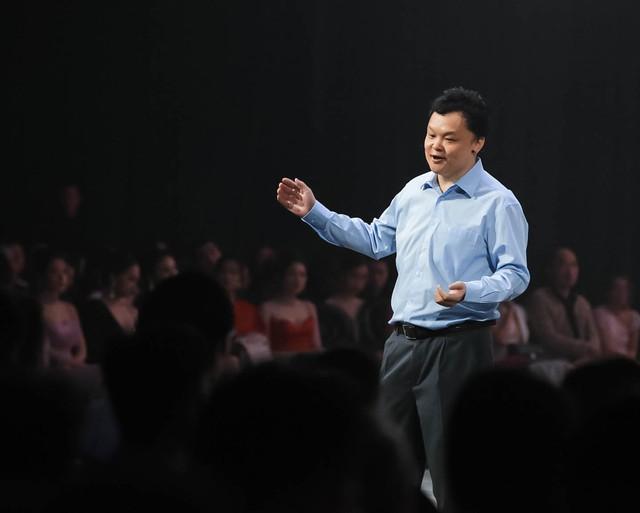 Ra mắt MXH Lotus: Người Việt tại sao không nghĩ rằng có rất nhiều Steve Jobs Việt Nam - Ảnh 3.