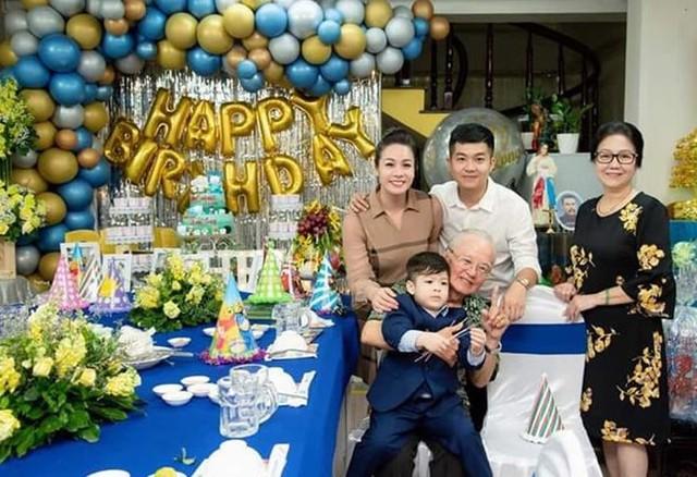 Nhật Kim Anh và chồng cũ tổ chức sinh nhật cho con sau khi ly hôn - Ảnh 2.