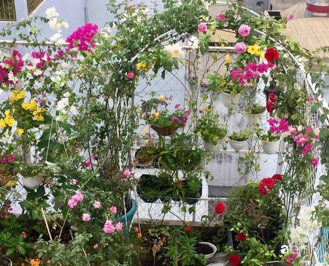 Khu vườn 30m² muôn hoa đua nở trên sân thượng của mẹ đảm thích mộng mơ ở TP. HCM - Ảnh 28.