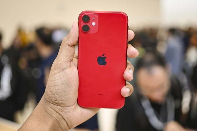 Những smartphone sắc đỏ đón Tết - Ảnh 1.