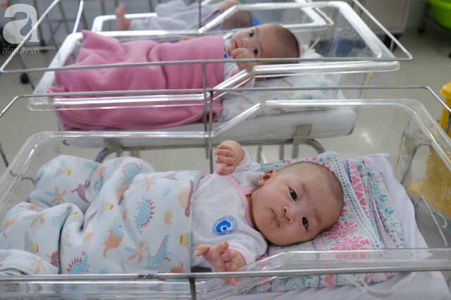 Xót xa cảnh 3 bé gái sinh xong gia đình không đón về, phải chuyển vào viện mồ côi ngày cuối năm - Ảnh 1.