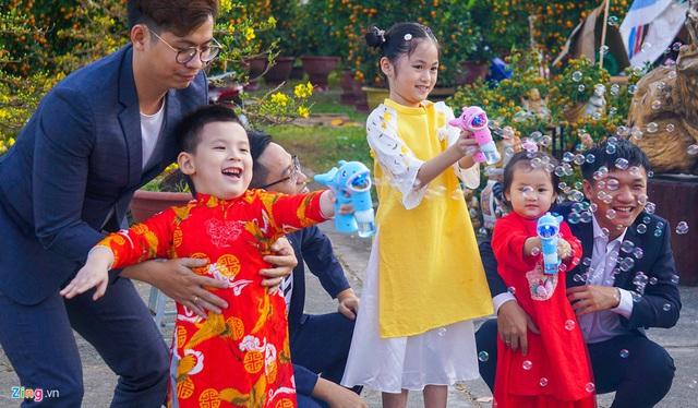 Ngắm đường hoa hơn 6 tỷ ở Đà Nẵng - Ảnh 8.