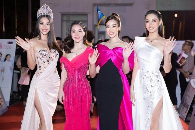 Mỹ nhân nào xuất hiện thảm đỏ Bán kết Hoa hậu Việt Nam 2020? - Ảnh 10.