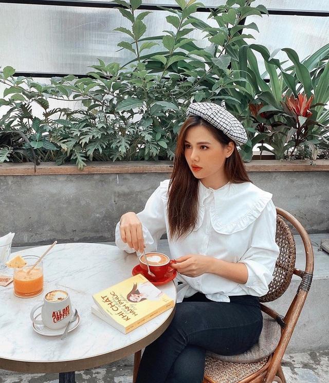 Cùng là đi cafe: Sao Hàn nhẹ nhàng giản dị, sao Việt lại lồng lộn như trẩy hội - Ảnh 2.
