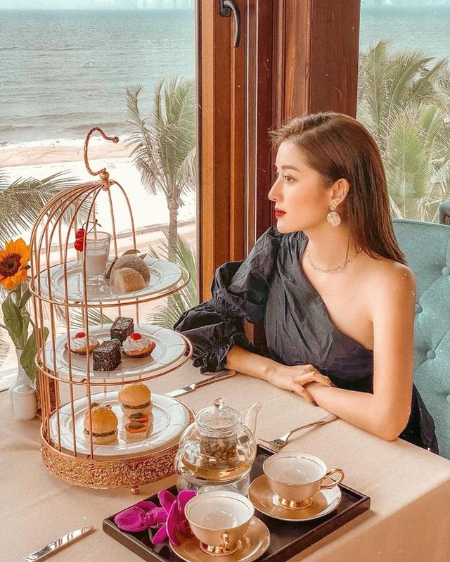 Cùng là đi cafe: Sao Hàn nhẹ nhàng giản dị, sao Việt lại lồng lộn như trẩy hội - Ảnh 7.