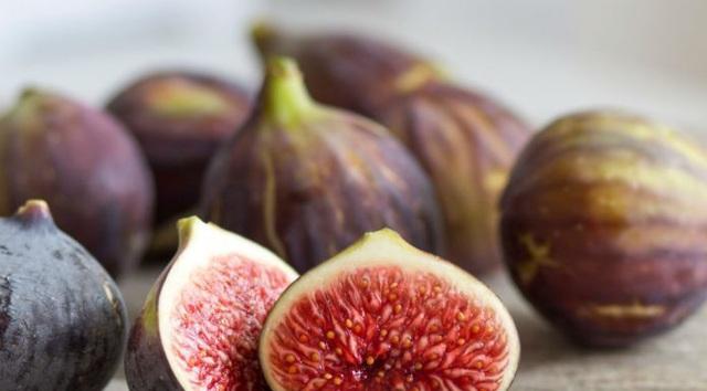 Chấm dứt nỗi ám ánh mang tên táo bón bằng loại quả nhỏ xinh, mọi người hay dùng ăn kèm món cuốn này - Ảnh 4.