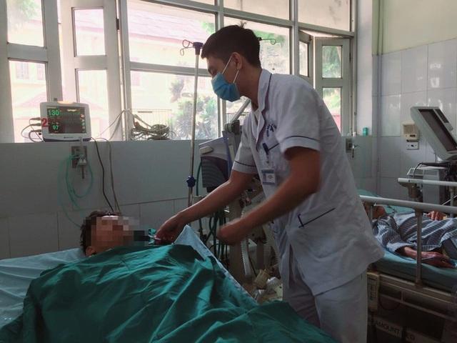 Người đàn ông mất 2 lít máu, vỡ bàng quang do tai nạn - Ảnh 1.