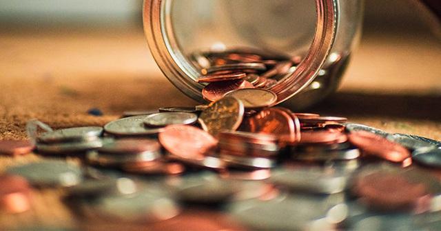 Để tiết kiệm được bạn hãy coi số tiền dành ra hàng tháng như một khoản chi tiêu bắt buộc - Ảnh 3.