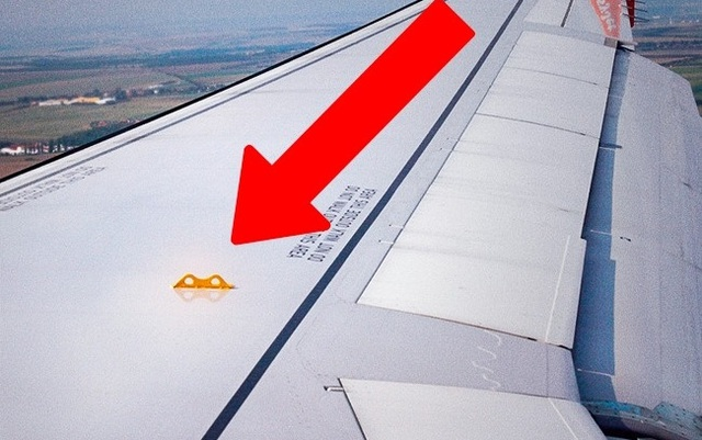 Bí mật sống còn của lỗ nhỏ ở đuôi máy bay không phải ai cũng biết - Ảnh 3.