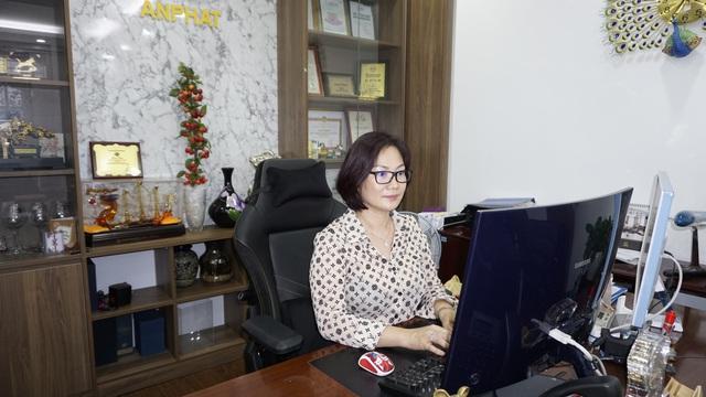 Nữ doanh nhân IT Lê Thị Hương Giang: Muốn đóng tròn cả hai vai trò thì phải tổ chức công việc và cuộc sống thật khoa học  - Ảnh 2.