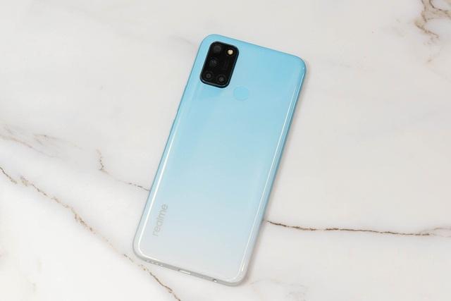 6 smartphone nổi bật vừa ra mắt tại Việt Nam - Ảnh 2.