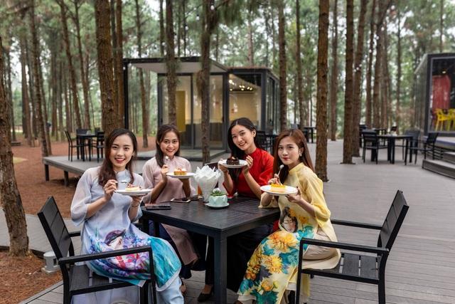 Tri ân một nửa thế giới xinh đẹp ở thiên đường nghỉ dưỡng hàng đầu miền Bắc - Ảnh 2.