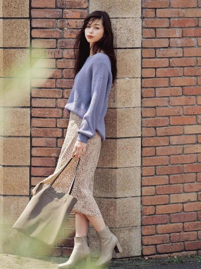 Combo ai diện cũng đẹp vào mùa thu, nàng công sở diện đi làm hay đi chơi cũng đẹp hết nấc - Ảnh 5.