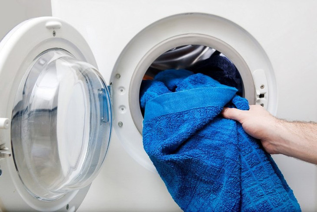 Đặt máy giặt trong phòng tắm cần lưu ý gì? - Ảnh 2.