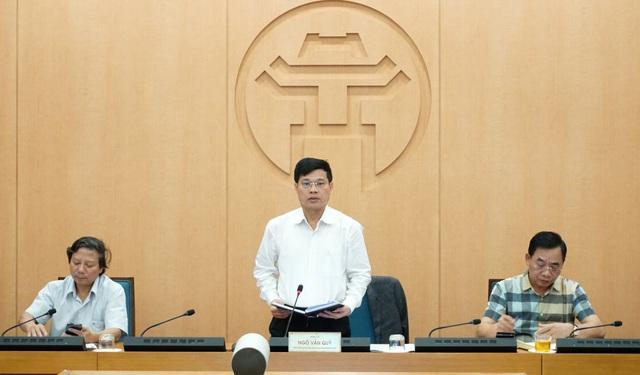 Hà Nội: Nhiều người dân ở quận Cầu Giấy không đeo khẩu trang nơi công cộng - Ảnh 2.